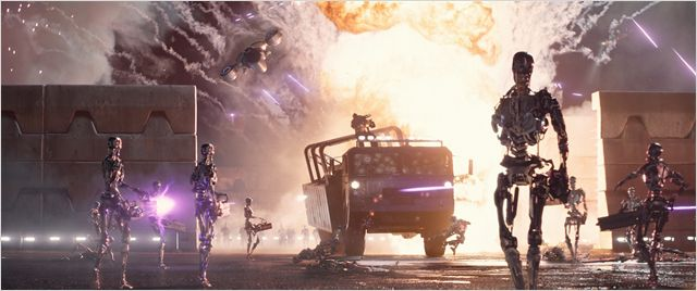 Terminator Genisys - robots